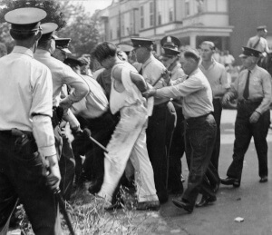 5,000 workers clash with police during strike at the Opal Hosiery Mills, August 2, 1935. Courtesy of Special Collections Research Center. Temple University Libraries, Philadelphia, PA.