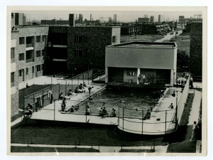 Carl Mackley Houses showing swimming pool, with row houses and factory smokestacks in background. Courtesy of Historical Society of Pennsylvania, Philadelphia Housing Projects Photographs, 1934-1940, Philadelphia Record Photograph Morgue.