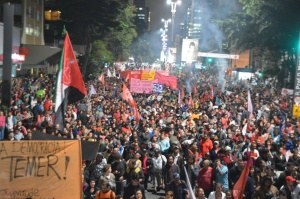 The Homeless Workers' Movement (MTST) leads a 30,000 strong demonstration in São Paulo against the Temer government, May 12, 2016. Photocredit: Leon Cunha, MTST.